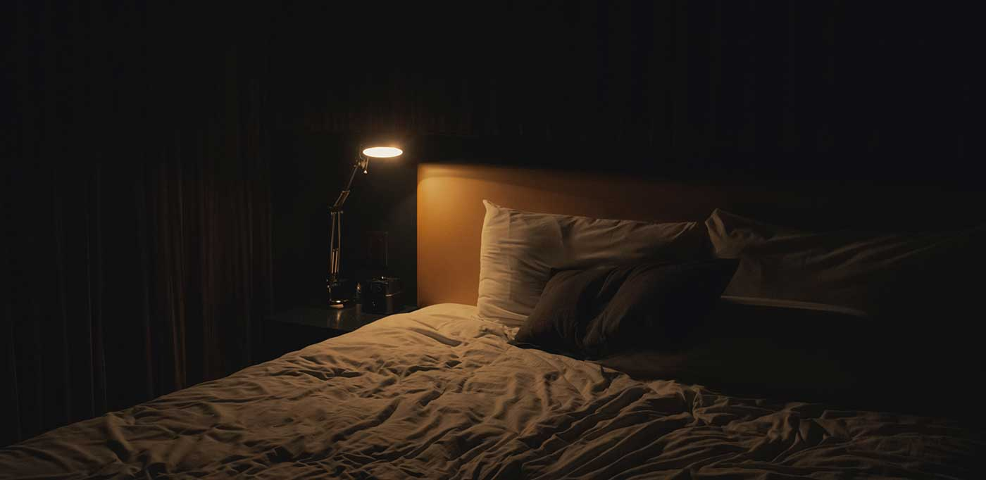 bed and side light